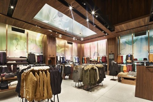 Aritzia Opens Largest Store On Fifth Avenue Style By Fire