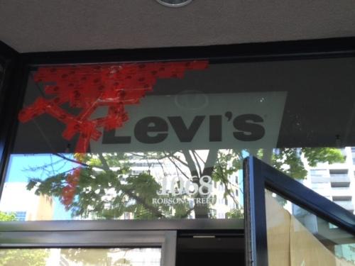 Levii's Robson 2