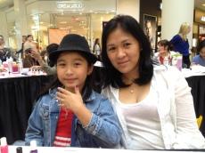 Mother & daughter Justine & Sophia