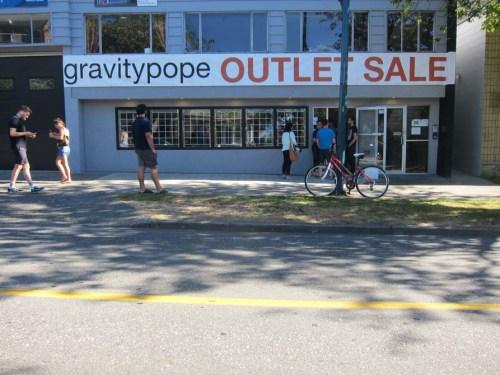 GravityPopeSale2013-7