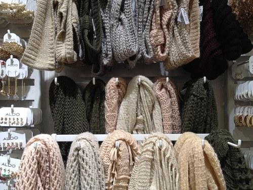 Aldo-scarves