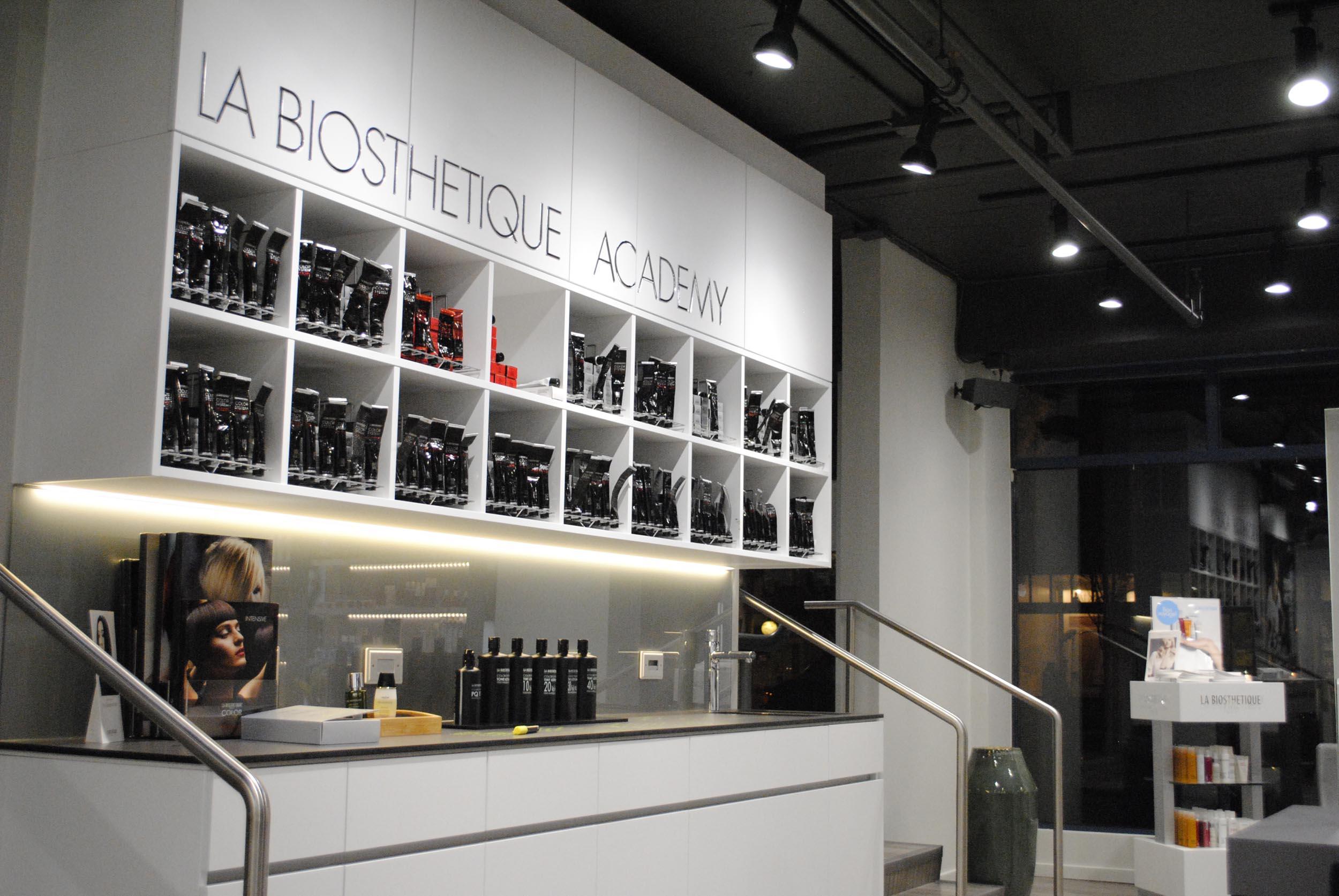the la biosth u00e9tique experience at black 2 blond salon