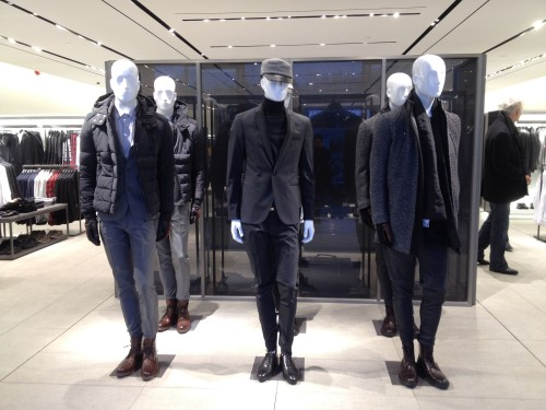 Impressive army-like mannequins greet incoming customers